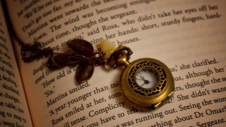 tempo leggere tempi di lettura orologio libro