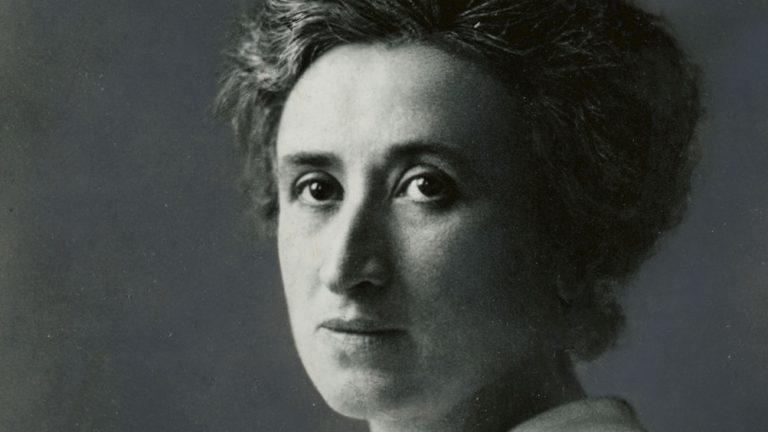 Rosa Luxemburg ritratto bianco e nero grande